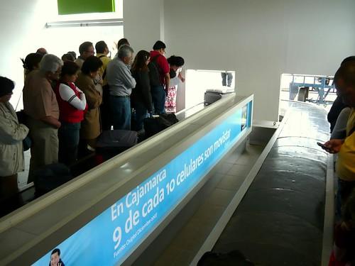 La espera por las valijas (by morrissey)