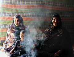 Donne in tenda
