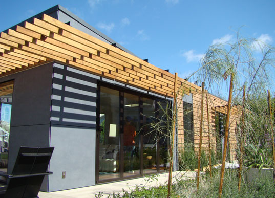 Michelle Kaufman's MKLotus Green Prefab House, Eco Prefab, Zero Energy Prefab, Michelle Kaufmann Designs, Michelle Kaufman Designs, MKDesigns, Zero-Energy Prefab, Sustainable Prefab, West Coast Green, City Hall, Jill Fehrenbacher