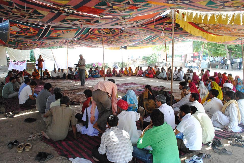 Pics from the satyagraha - 2 Oct 2010 - 9