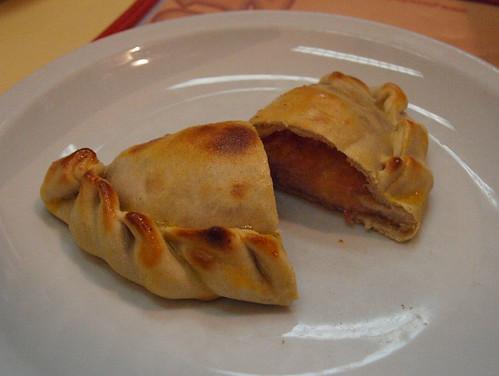 Argentina: Empanada de Güerrin (Buenos Aires)