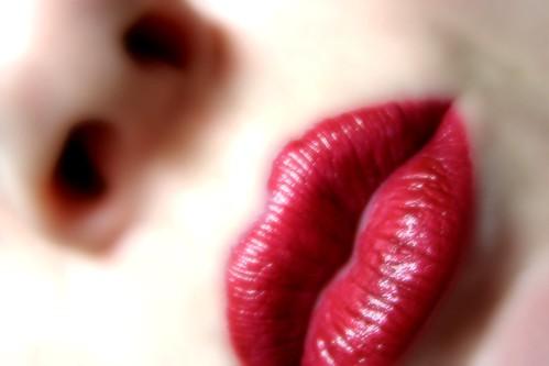 DILO sep 07 - Lipstick