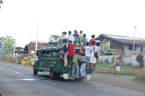 Jasaan, near Cagayan De Oro City overloded jeep jeepney rural scene road transport Buhay Pinoy Philippines Filipino Pilipino  people pictures photos life Philippinen