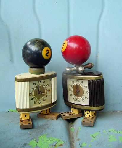 Rueben & Roxie the clockbots