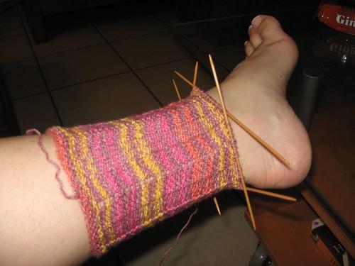 sockotta sock in chevron pattern
