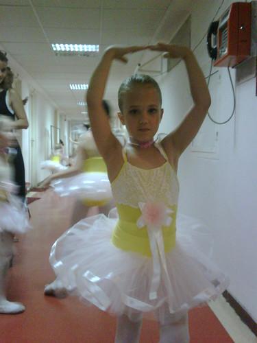 Oana Niculescu-Mizil, Pleasure of dance2