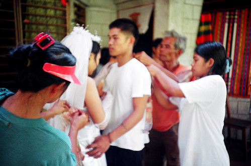 man wife husband traditional wedding kalinga indigenous culture Pinoy Filipino Pilipino Buhay  people pictures photos life Philippinen  菲律宾  菲律賓  필리핀(공화�) Philippines