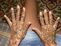 Mans de la Cris amb henna