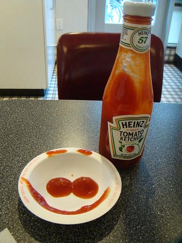 Johnny Rockets - Ketchup Smile