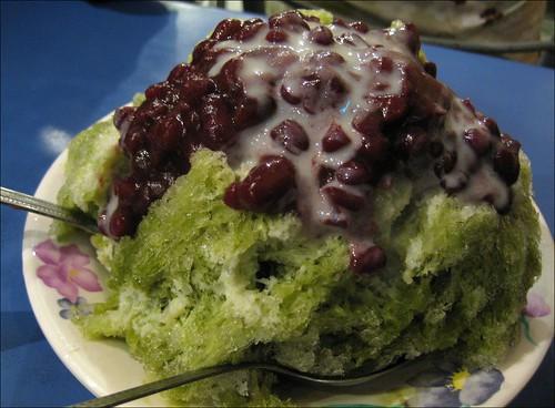 red bean and macha shaved ice dessert