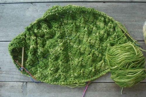 leaf lace in progress