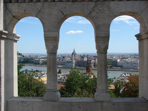 Arcos y Parlamento