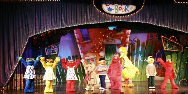Sesame Street Live: Elmo's Coloring Book - 3