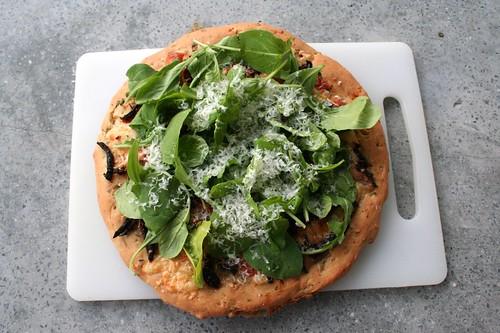 Sun Dried Tomato, Mozzarella & Arugula Pizza (gluten-free)