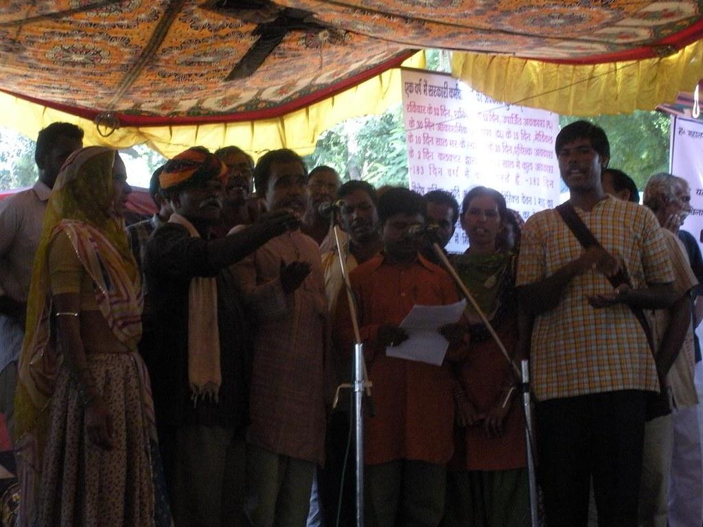 Pics from the satyagraha - 2 Oct 2010 - 2