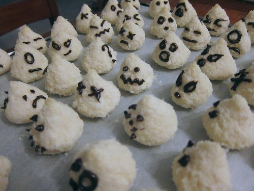Army of little ghosts