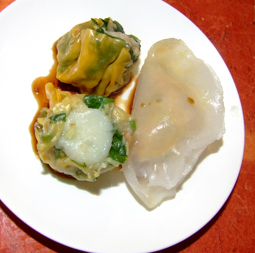 Oriental Expression - yum cha - crab and spinach, prawn dumpling, scallop and vegetable