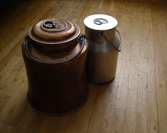 Lidded milk pails