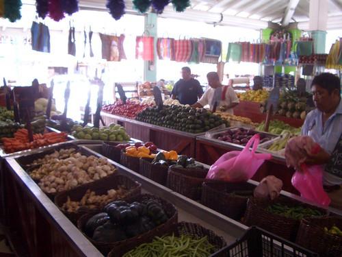 Contituyentes/30 av market