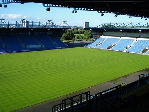 Az oxfordi stadionba 12,500 fő fér teltház esetén - forrás: www.flickriver.com