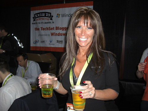 Missy Ward Double-Fisted at TechSet Blogger Lounge - March 13, 2009