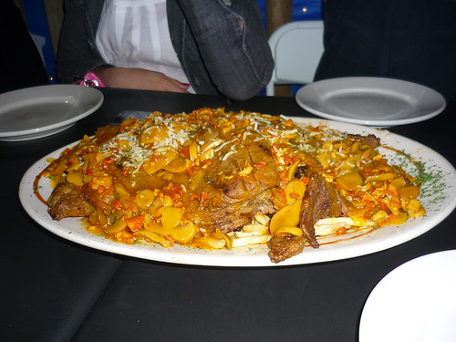 A huge pile of meat, Vaca Brava (too bad regarding the [canned] mushrooms...)