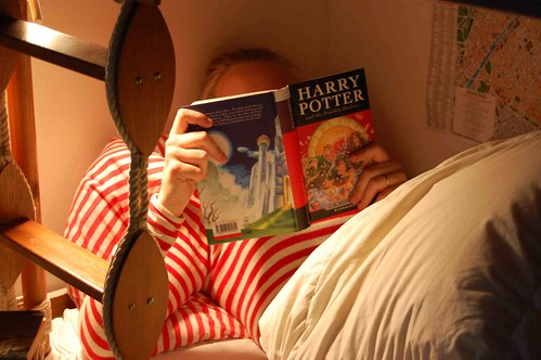 Reading Harry Potter and the Deathly Hallows
