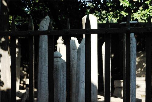 gravestones, Beşiktaş Sinanpaşa Camii, Besiktas sinanpasa Mosque, Pentax K10d