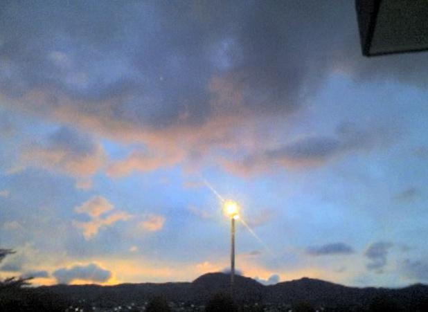 Atardecer en Loja 25-09-2007 18:34:42
