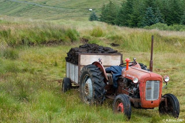 Harvesting the Peat for Winter Warmth
