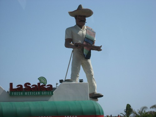 Giant Mexican Muffler Man