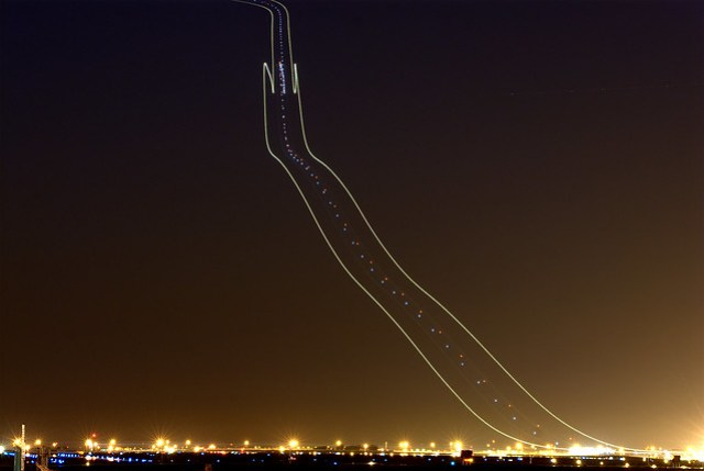 737 Light Trail