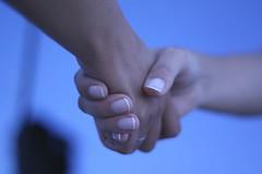 """""""handshake II"""" di Álvaro Canivell"""