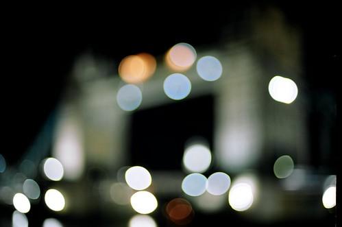 thames midnight stroll