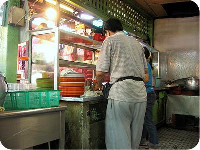 Petaling St chee cheong fun stall