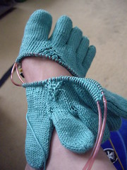 Toe-up toe socks - checking fit