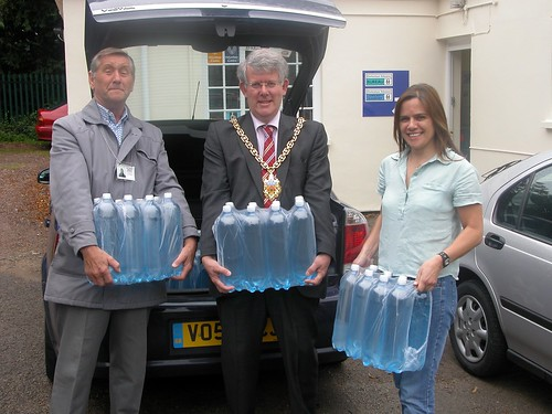 Cheltenham's Mayor visiting the volunteer centre
