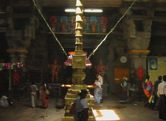 Entrance to the Dwajasthambam
