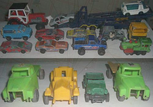 koleksi mobil-mobilan