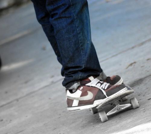 skate feet.jpg