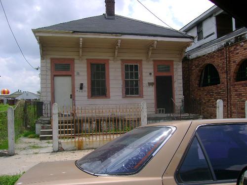 2726-28 Dumaine Street