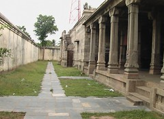 Left side view of the outside praharam