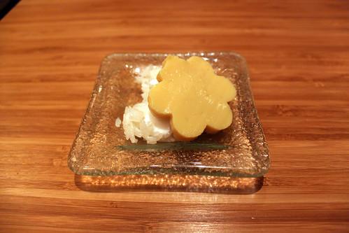 Thai custard on sticky rice with coconut milk