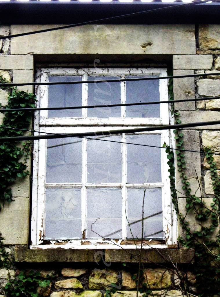 070215.69.Somset.MonktonCombe.Mendips Fireplace Factory.Loss of Window Privlidges