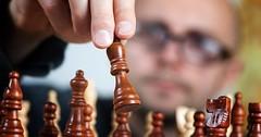 """Das Schachspiel. Die Schachspiele. Der Mann spielt Schach. • <a style=""""font-size:0.8em;"""" href=""""http://www.flickr.com/photos/42554185@N00/26028887852/"""" target=""""_blank"""">View on Flickr</a>"""