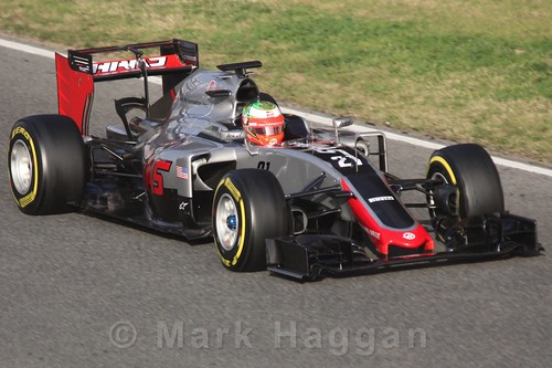 Esteban Gutierrez in the Haas during Formula One Winter Testing 2016