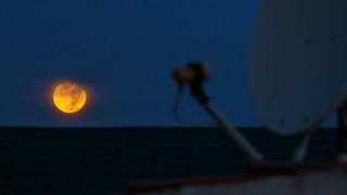 Puesta de super luna