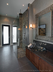 Moderno-Guest-Bathroom