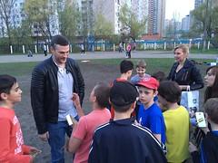 Kohanovsky-and-youth-fans