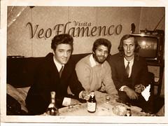 "Elvis Presley con Camaron y Paco de Lucia <a style=""margin-left:10px; font-size:0.8em;"" href=""http://www.flickr.com/photos/139870202@N08/25088212249/"" target=""_blank"">@flickr</a>"